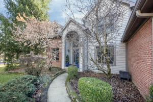 191 Founders Court, Gahanna, OH 43230