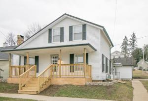 86 W College Street, Fredericktown, OH 43019