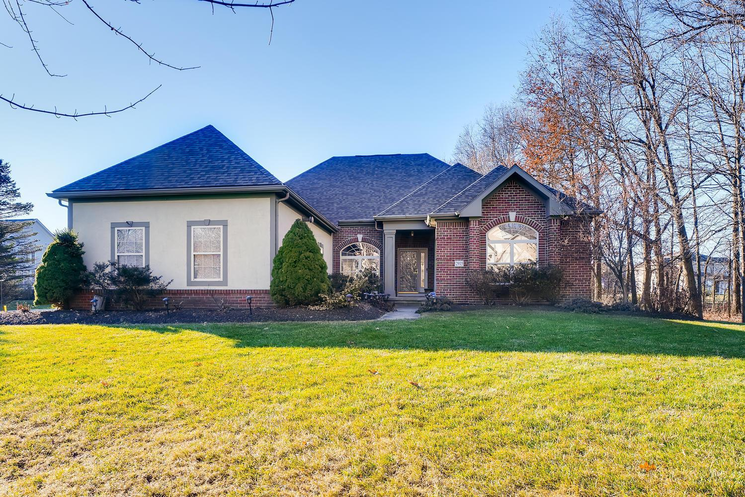 Photo of 2915 Woods Place, New Albany, OH 43054