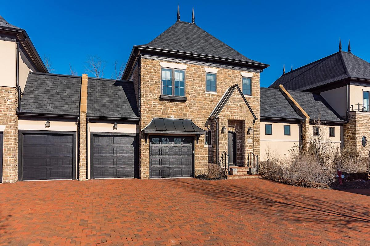 Photo of 1434 Club View Drive, Grove City, OH 43123