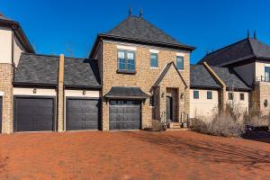 1434 Club View Drive, Grove City, OH 43123