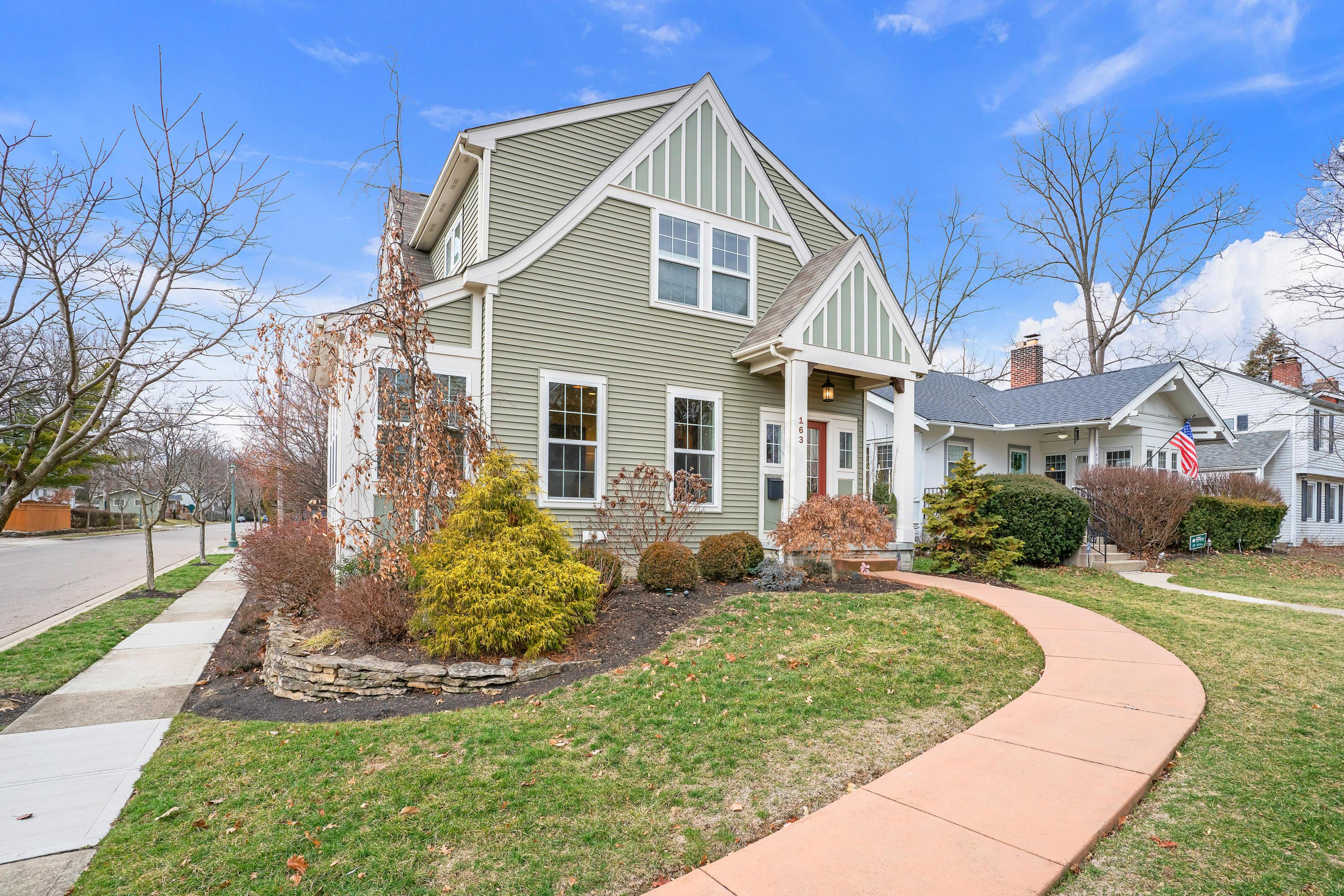Photo of 163 Cassingham Road, Bexley, OH 43209