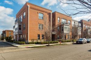 960 Perry Street, 301, Columbus, OH 43215