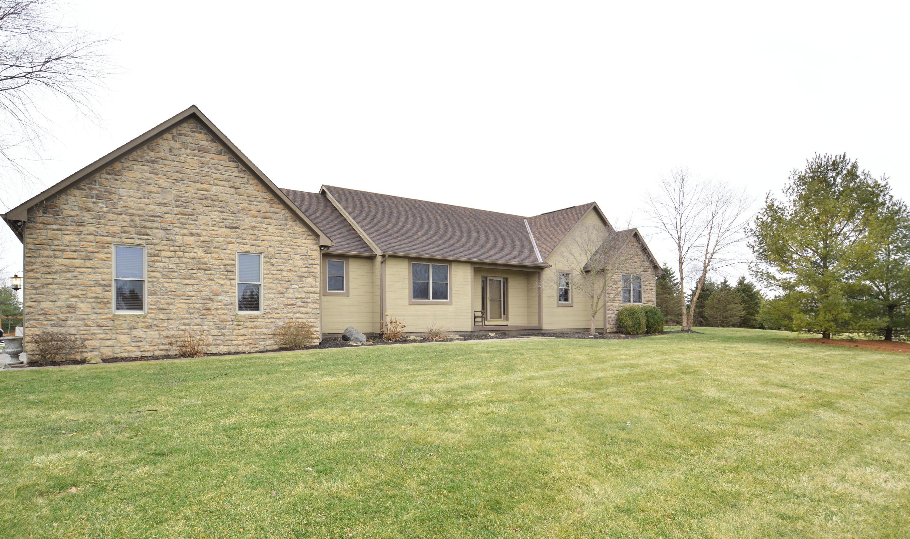 Photo of 4267 Clark Shaw Road, Powell, OH 43065