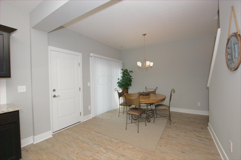 45 Glenridge Drive, Newark, Ohio 43055, 3 Bedrooms Bedrooms, ,3 BathroomsBathrooms,Residential,For Sale,Glenridge,220004044