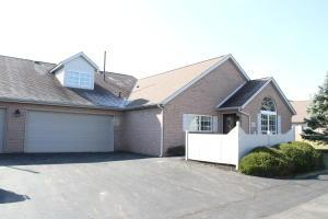 Property for sale at 4997 Meadow Run Drive, Hilliard,  Ohio 43026