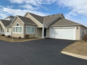 Undefined image of 963 Governor's Circle, Lancaster, OH 43130