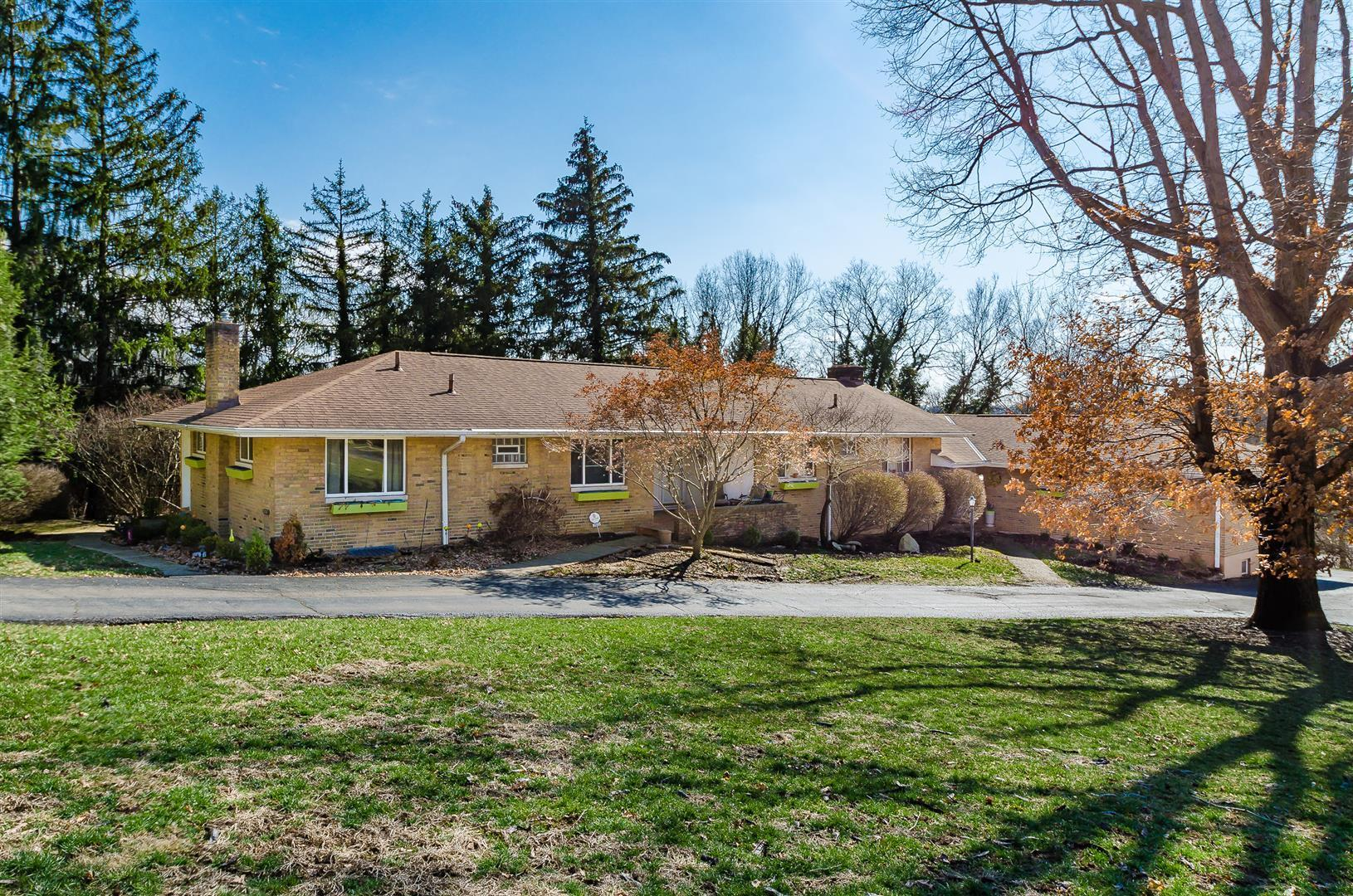 2623 Charing Road, Columbus, Ohio 43221, 2 Bedrooms Bedrooms, ,2 BathroomsBathrooms,Residential,For Sale,Charing,220006528