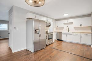 CREATE in this state of the art kitchen!