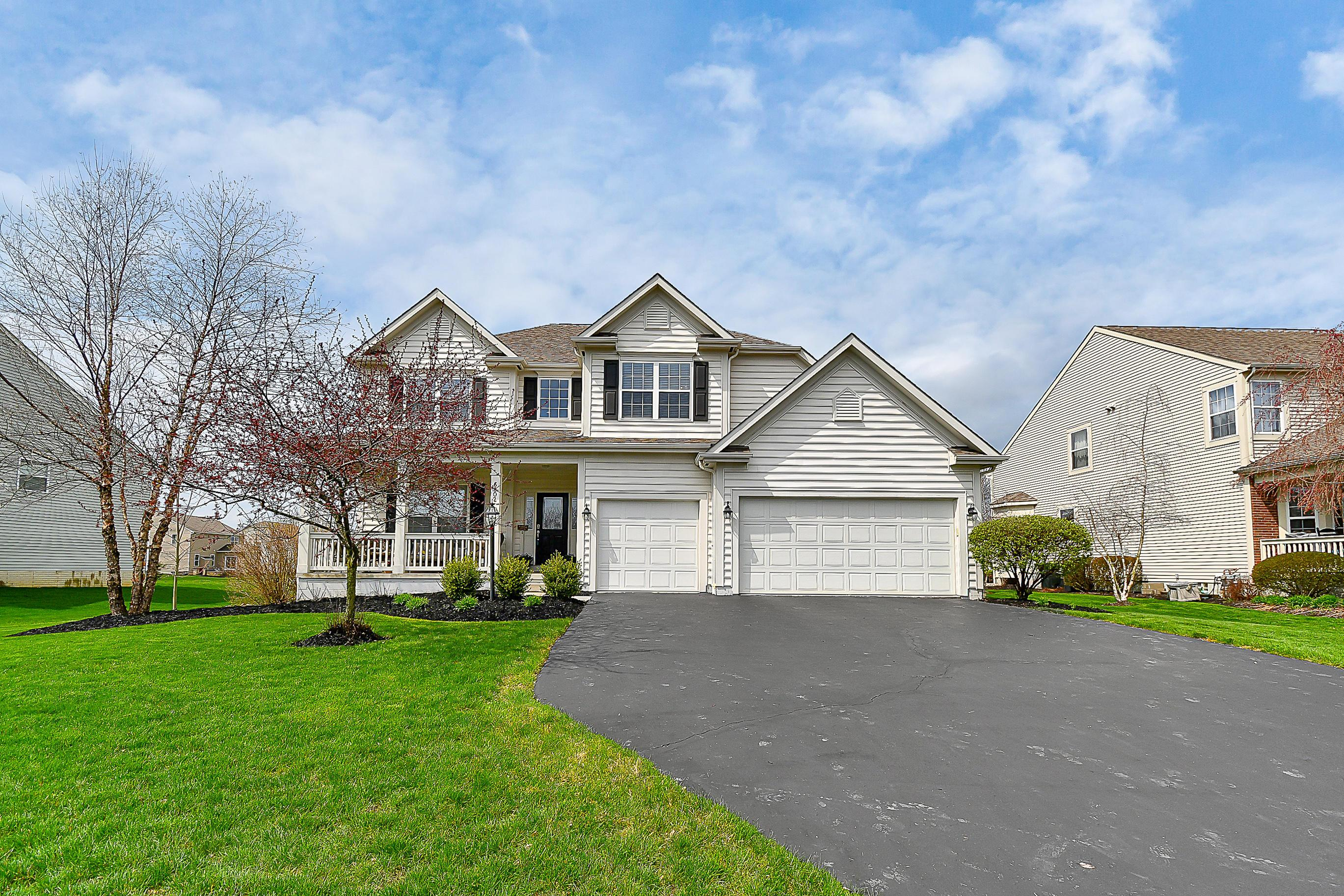 Photo of 6802 Falling Meadows Drive, Galena, OH 43021