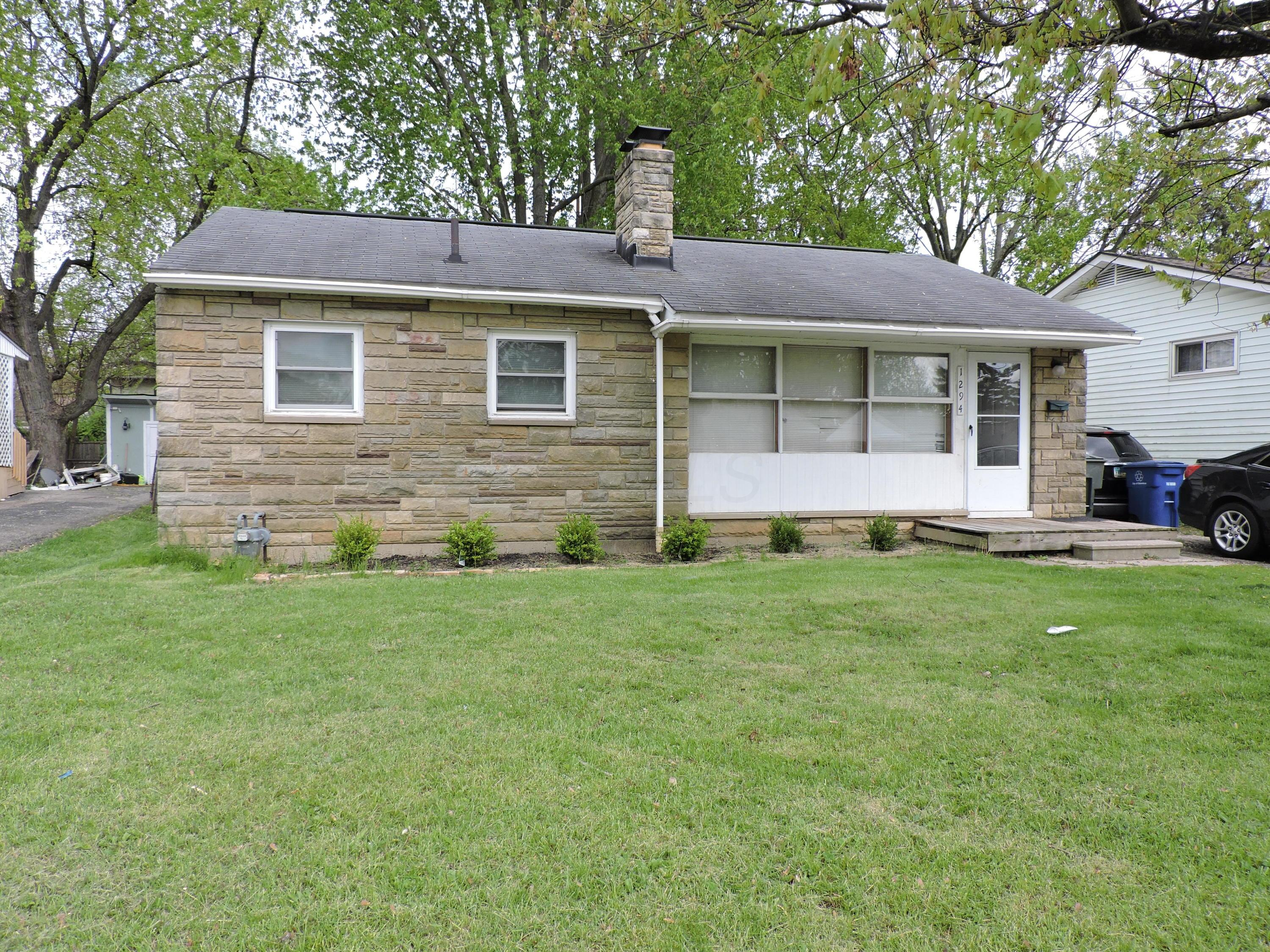 Property for sale at 1294 Dellwood Avenue, Columbus,  Ohio 43227