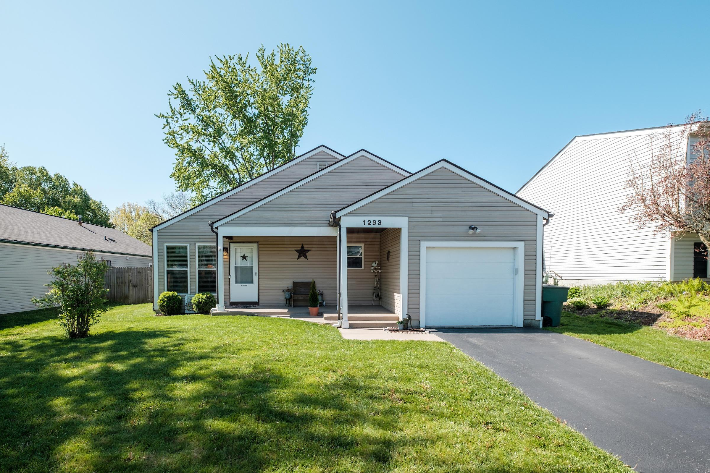 Photo of 1293 Clement Drive, Worthington, OH 43085