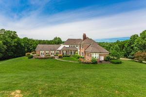 Stunning estate immersed in the surrounding private countryside.