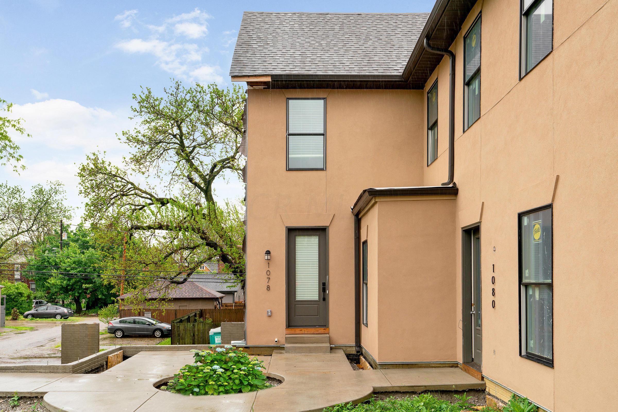 1078 Bryden Road, Columbus, Ohio 43205, 2 Bedrooms Bedrooms, ,3 BathroomsBathrooms,Residential,For Sale,Bryden,220016405