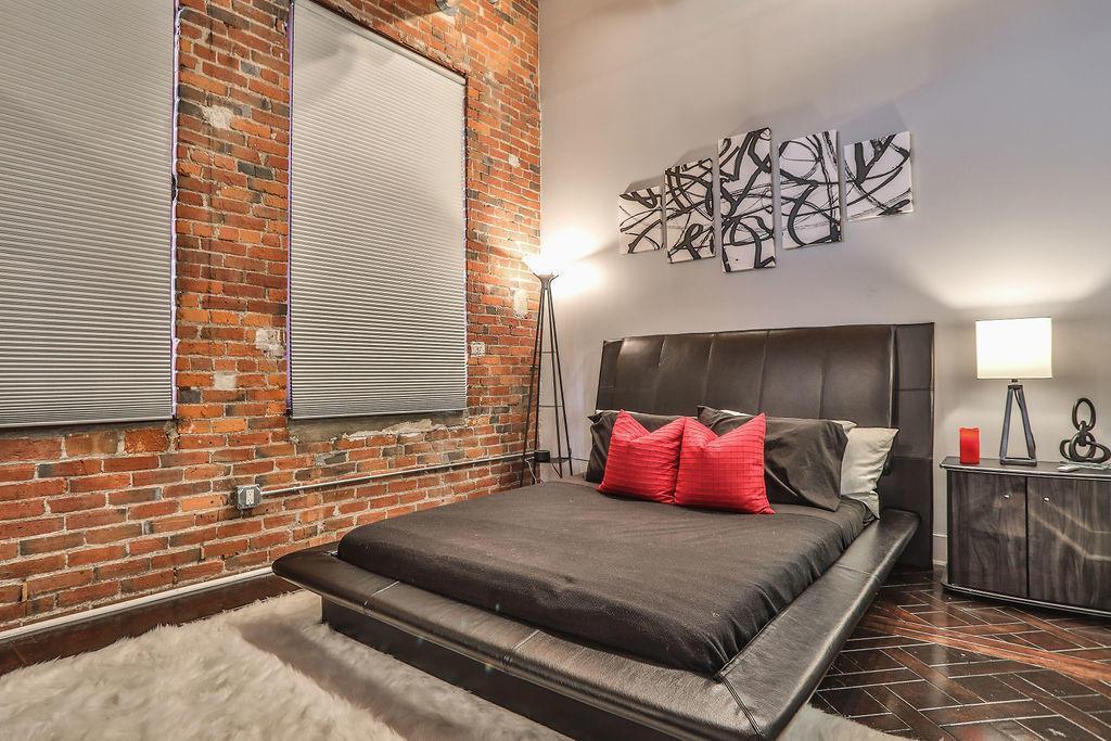 150 Main Street, Columbus, Ohio 43215, 1 Bedroom Bedrooms, ,1 BathroomBathrooms,Residential,For Sale,Main,220016341