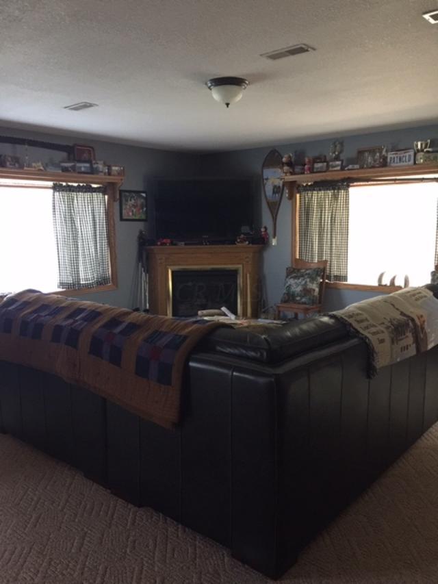 5065 Pine Valley Drive, Zanesville, Ohio 43701, 4 Bedrooms Bedrooms, ,3 BathroomsBathrooms,Residential,For Sale,Pine Valley,220016306