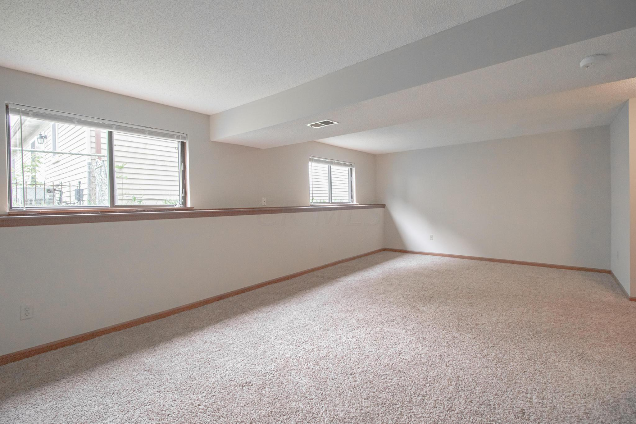 4440 Ramsdell Drive, Columbus, Ohio 43231, 3 Bedrooms Bedrooms, ,2 BathroomsBathrooms,Residential,For Sale,Ramsdell,220016557