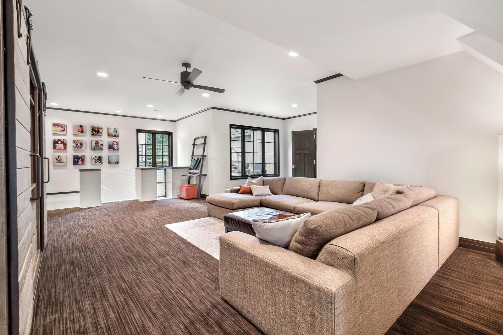 6931 Cosimo Lane, Pickerington, Ohio 43147, 5 Bedrooms Bedrooms, ,8 BathroomsBathrooms,Residential,For Sale,Cosimo,220016400