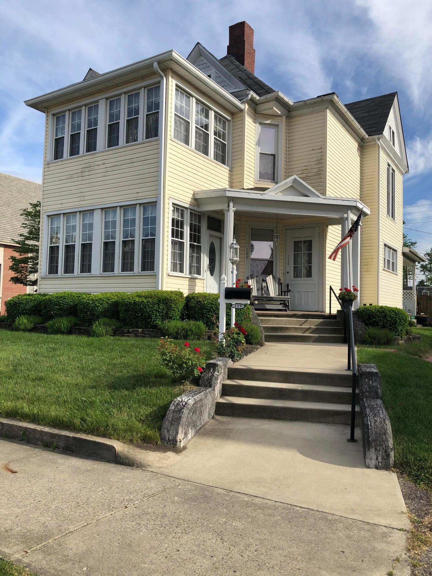 Property for sale at 129 E Mound Street, Circleville,  Ohio 43113