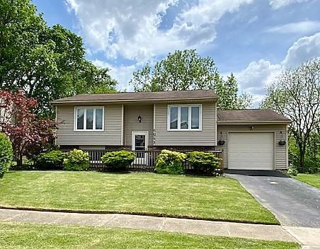 8953 Canoe Drive, Galloway, Ohio 43119, 4 Bedrooms Bedrooms, ,2 BathroomsBathrooms,Residential,For Sale,Canoe,220016626