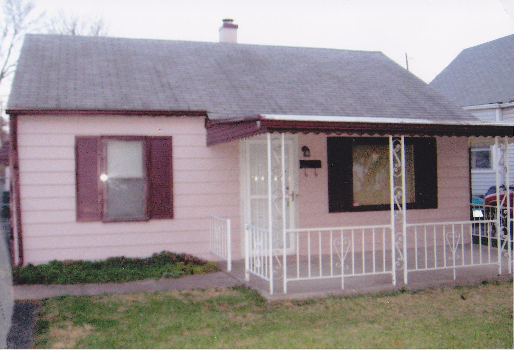 2001 5th Avenue, Columbus, Ohio 43219, 2 Bedrooms Bedrooms, ,1 BathroomBathrooms,Residential,For Sale,5th,220016559