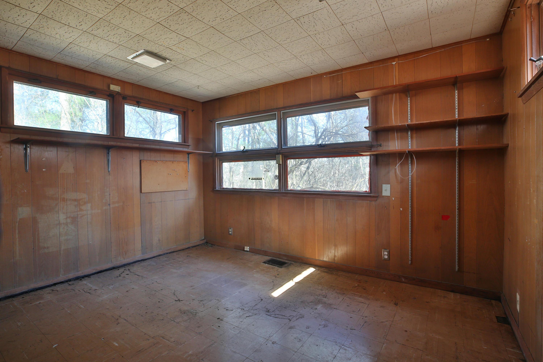 655 McNaughten Road, Columbus, Ohio 43213, 5 Bedrooms Bedrooms, ,2 BathroomsBathrooms,Residential,For Sale,McNaughten,220016563