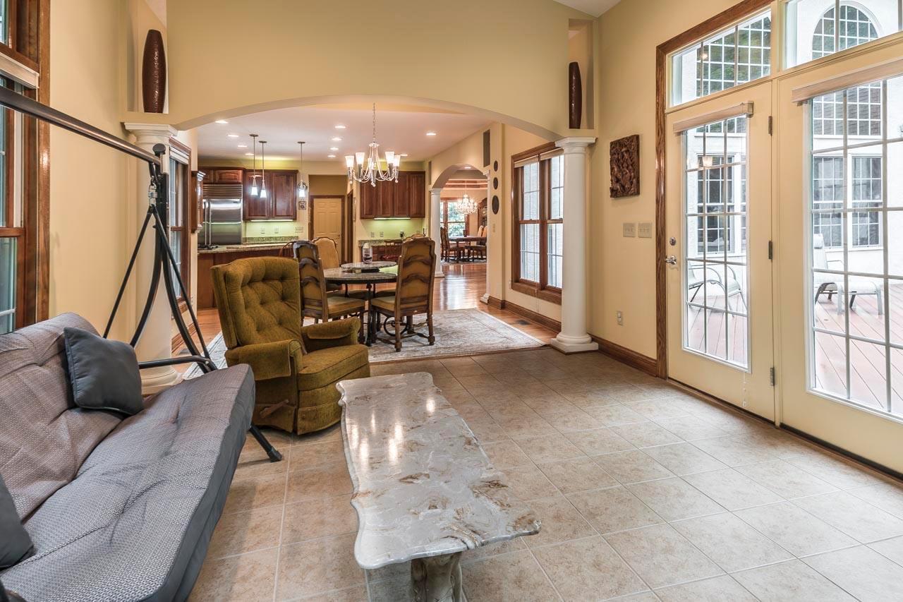 872 Riverbend Avenue, Powell, Ohio 43065, 6 Bedrooms Bedrooms, ,6 BathroomsBathrooms,Residential,For Sale,Riverbend,220016891