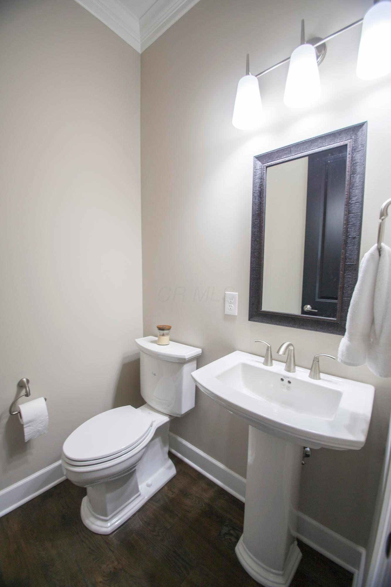 611 2nd Avenue, Columbus, Ohio 43201, 3 Bedrooms Bedrooms, ,5 BathroomsBathrooms,Residential,For Sale,2nd,220017046