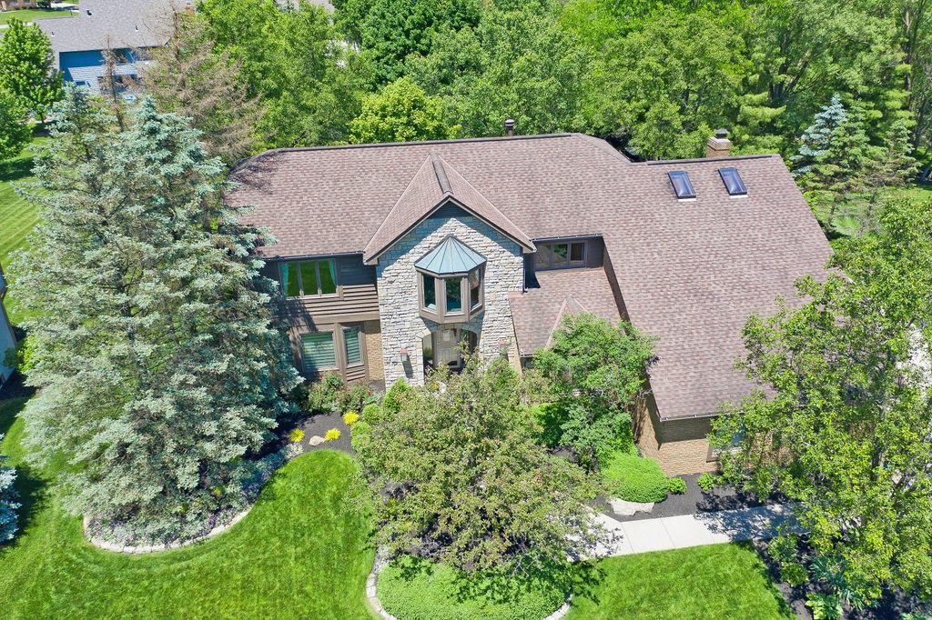 Photo of 790 Weston Park Drive, Powell, OH 43065