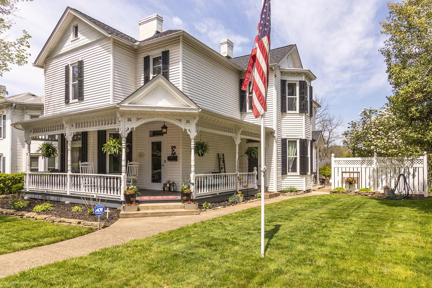157 King Street, Lancaster, Ohio 43130, 4 Bedrooms Bedrooms, ,3 BathroomsBathrooms,Residential,For Sale,King,220017387