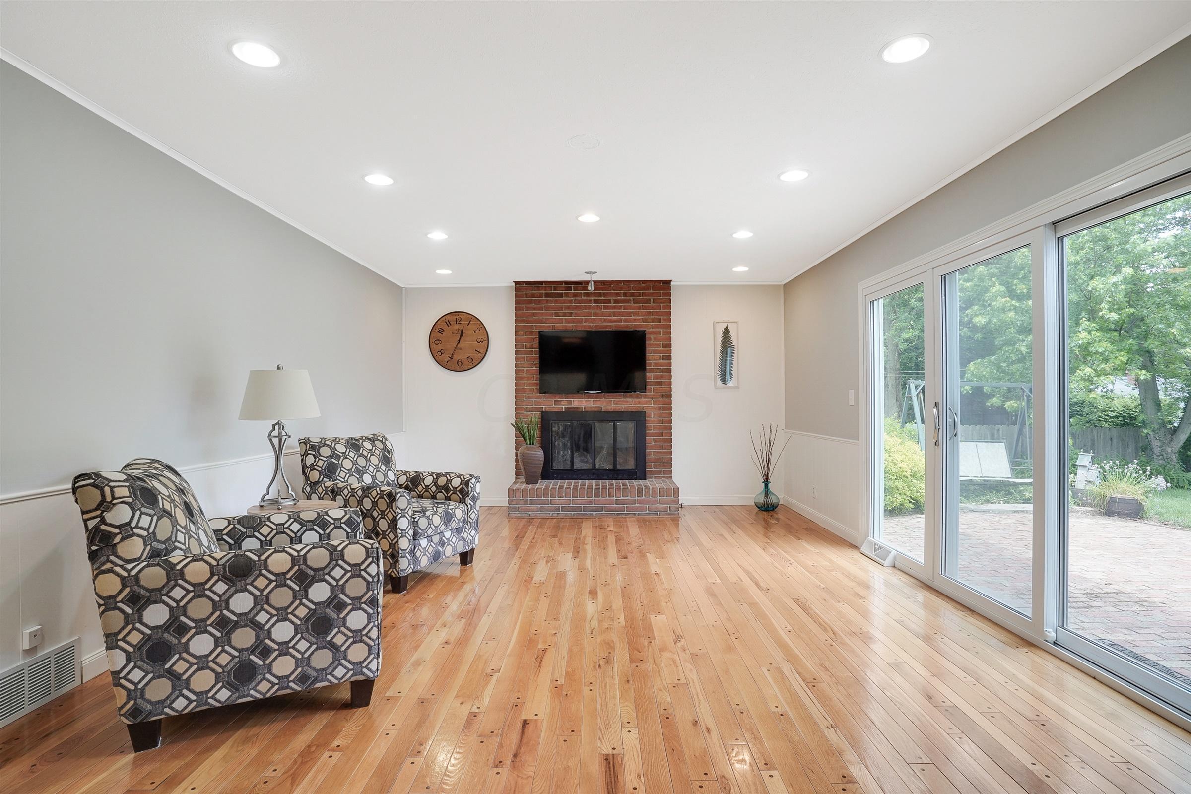 2026 Fishinger Road, Columbus, Ohio 43221, 4 Bedrooms Bedrooms, ,3 BathroomsBathrooms,Residential,For Sale,Fishinger,220017702