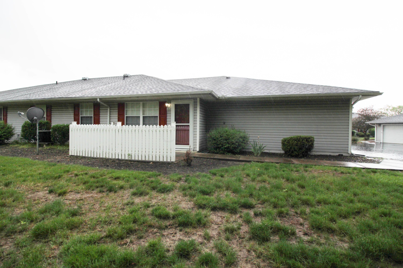 4391 Hammerton Drive, Columbus, Ohio 43228, 2 Bedrooms Bedrooms, ,2 BathroomsBathrooms,Residential,For Sale,Hammerton,220017074
