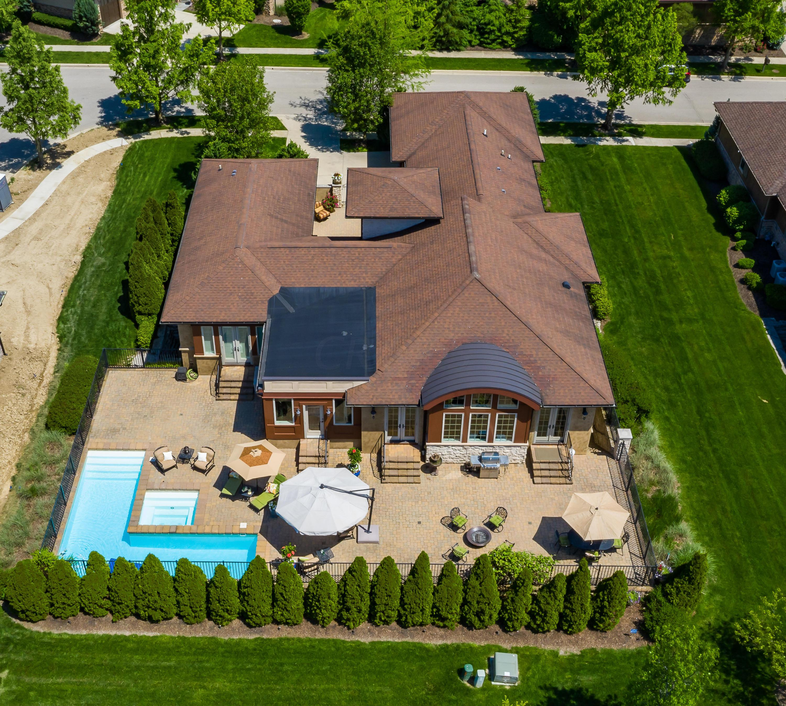 7027 Calabria Place, Dublin, Ohio 43016, 4 Bedrooms Bedrooms, ,4 BathroomsBathrooms,Residential,For Sale,Calabria,220017680