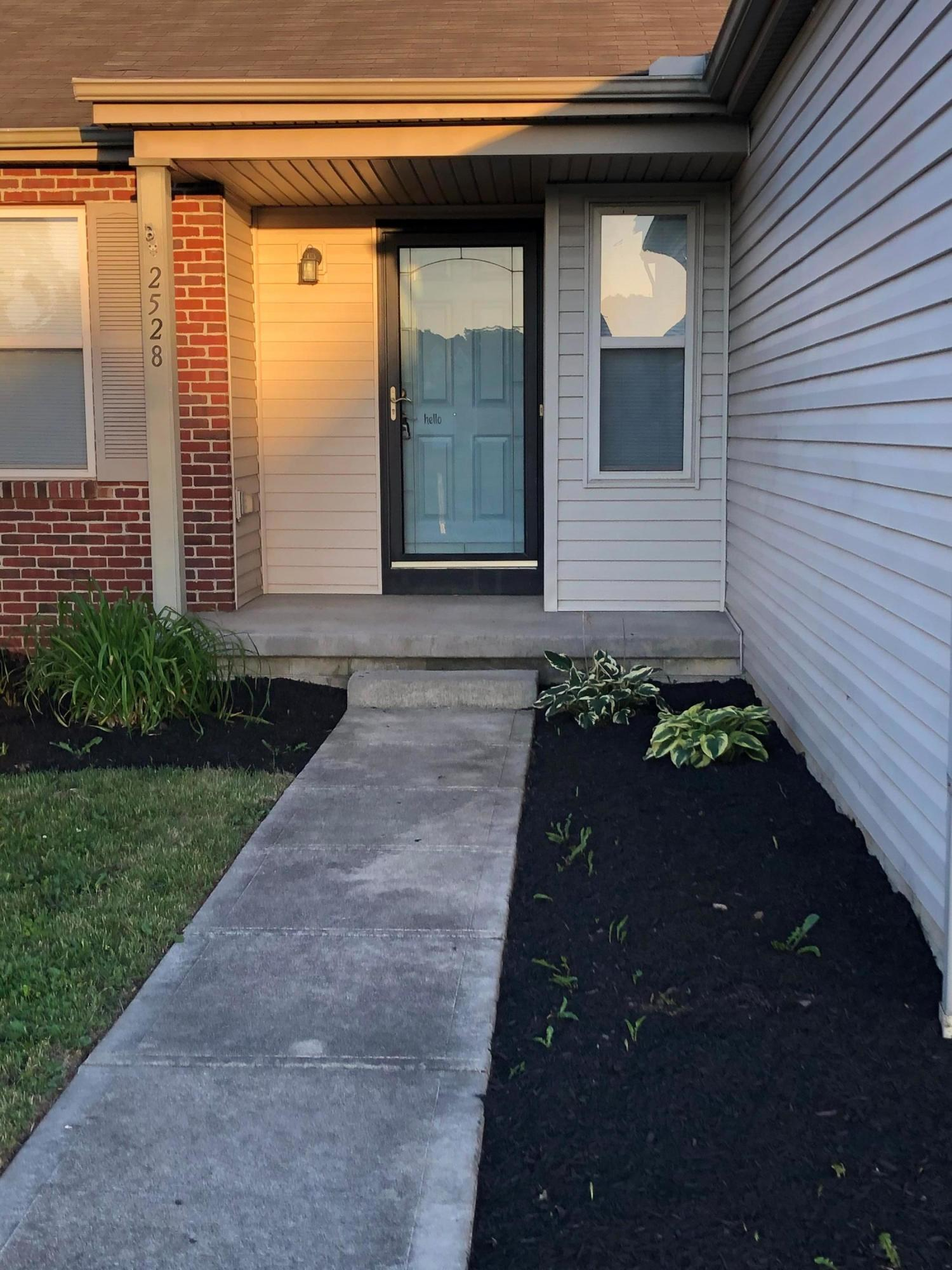 2528 Delamaine Drive, Grove City, Ohio 43123, 3 Bedrooms Bedrooms, ,2 BathroomsBathrooms,Residential,For Sale,Delamaine,220017811