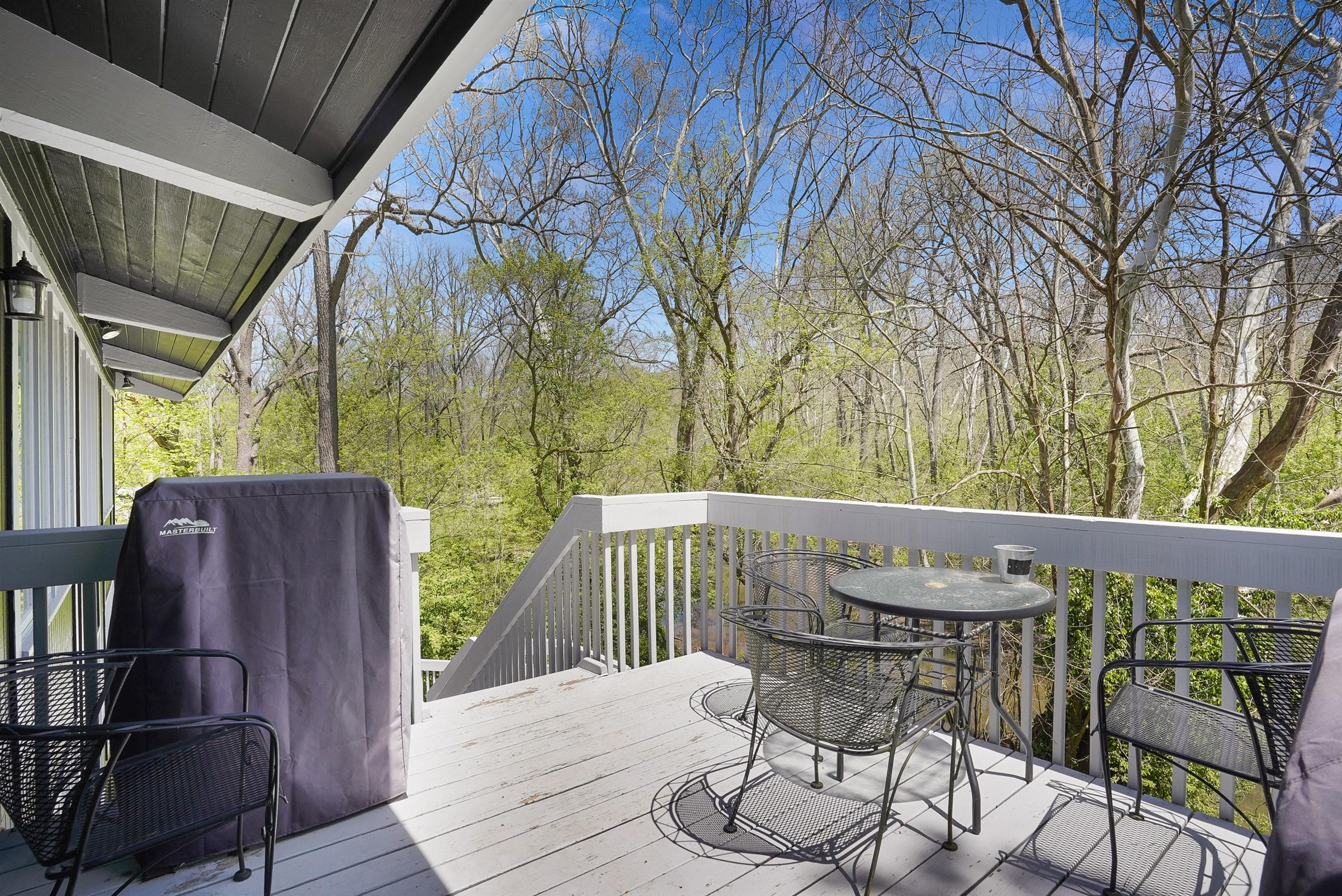8100 Olentangy River Road, Columbus, Ohio 43235, 3 Bedrooms Bedrooms, ,3 BathroomsBathrooms,Residential,For Sale,Olentangy River,220018223
