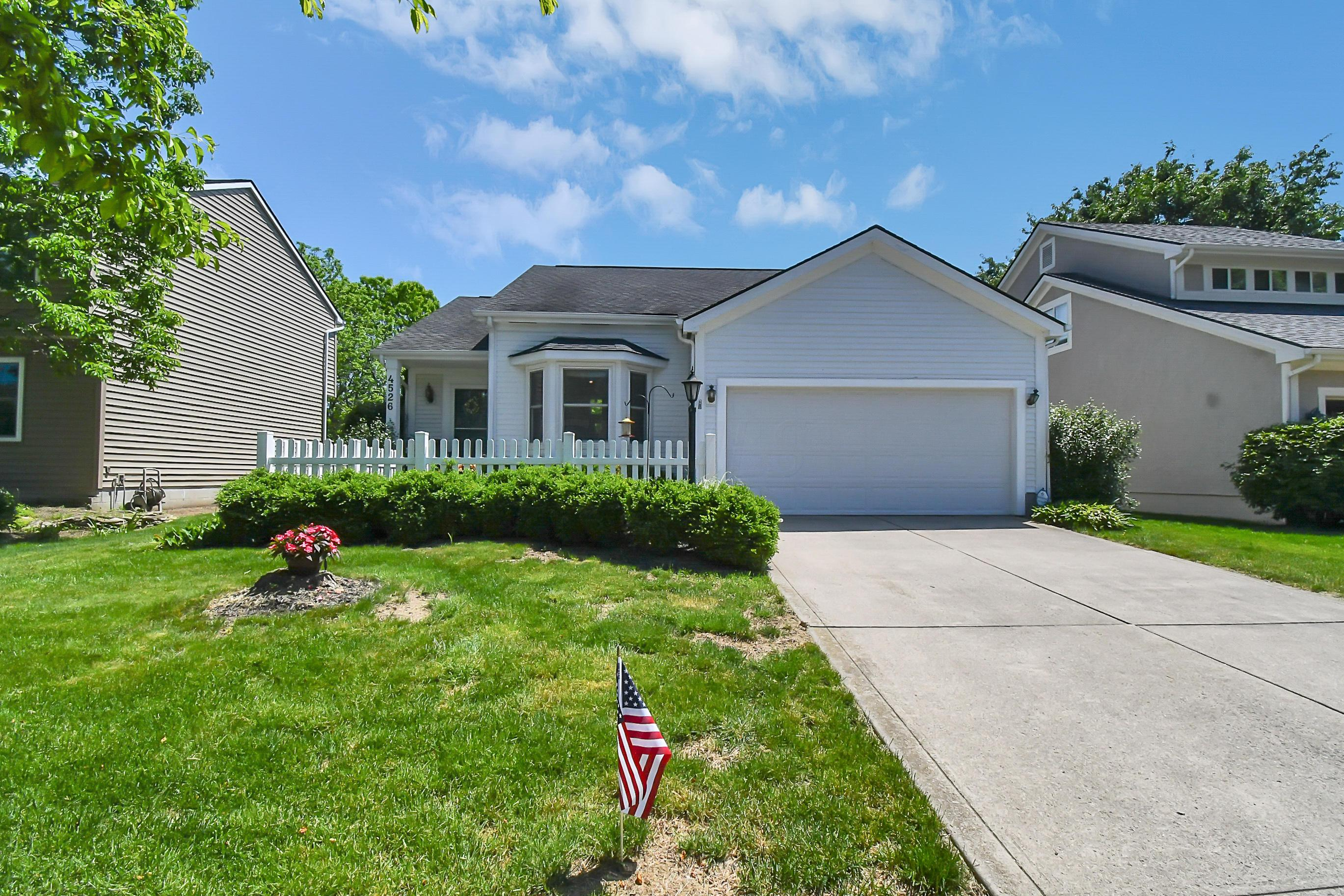 4526 Huckleberry Court, Hilliard, Ohio 43026, 3 Bedrooms Bedrooms, ,2 BathroomsBathrooms,Residential,For Sale,Huckleberry,220018134