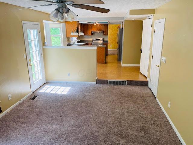 101 Shannon Drive, Pickerington, Ohio 43147, 4 Bedrooms Bedrooms, ,3 BathroomsBathrooms,Residential,For Sale,Shannon,220018149