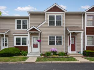 7864 Woodhouse Lane, 37B, Worthington, OH 43085