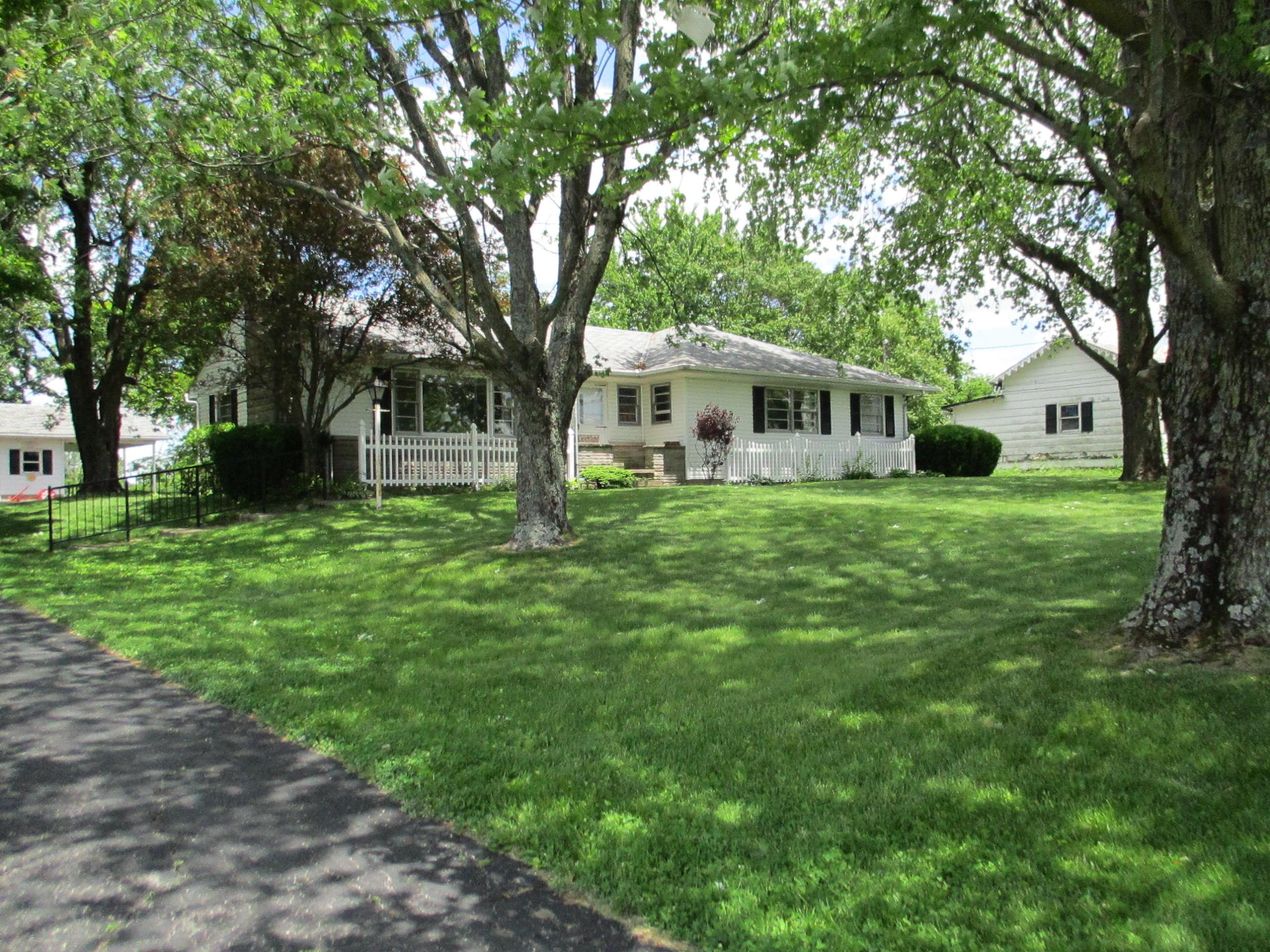 578 W Marion St  - 7665 CR 201 007