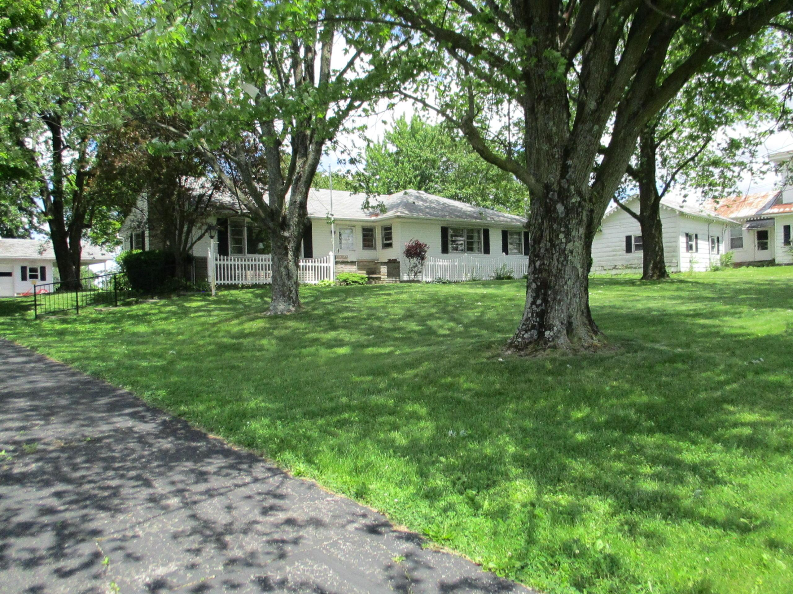 578 W Marion St  - 7665 CR 201 008