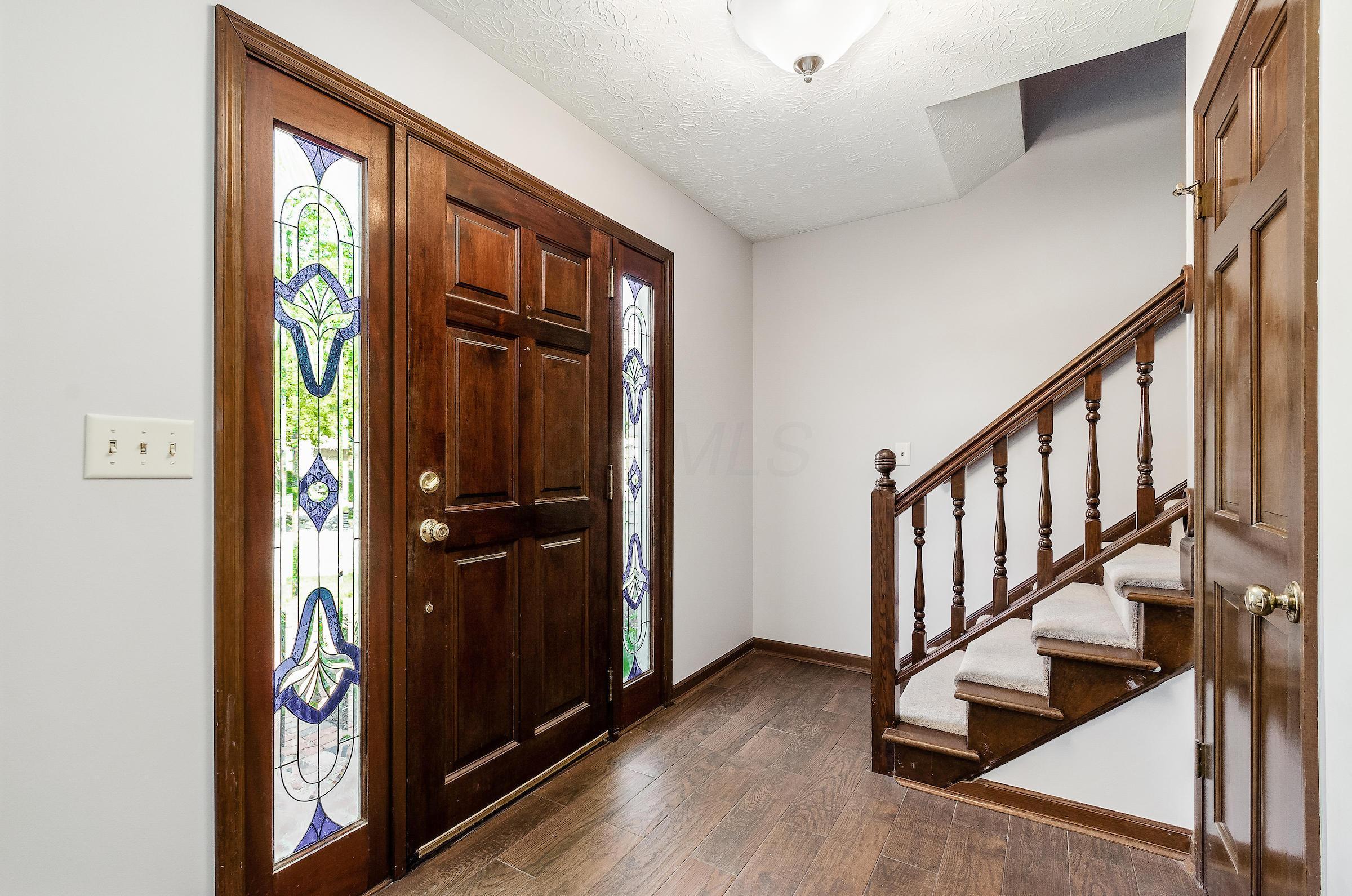 8870 Braids Court, Dublin, Ohio 43017, 4 Bedrooms Bedrooms, ,3 BathroomsBathrooms,Residential,For Sale,Braids,220018841