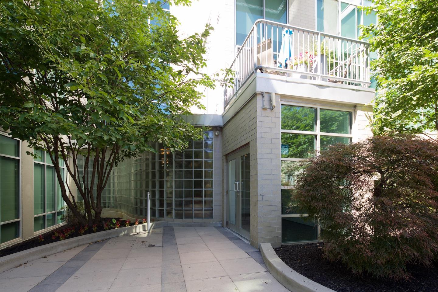 60 Spring Street, Columbus, Ohio 43215, 1 Bedroom Bedrooms, ,1 BathroomBathrooms,Residential,For Sale,Spring,220019057