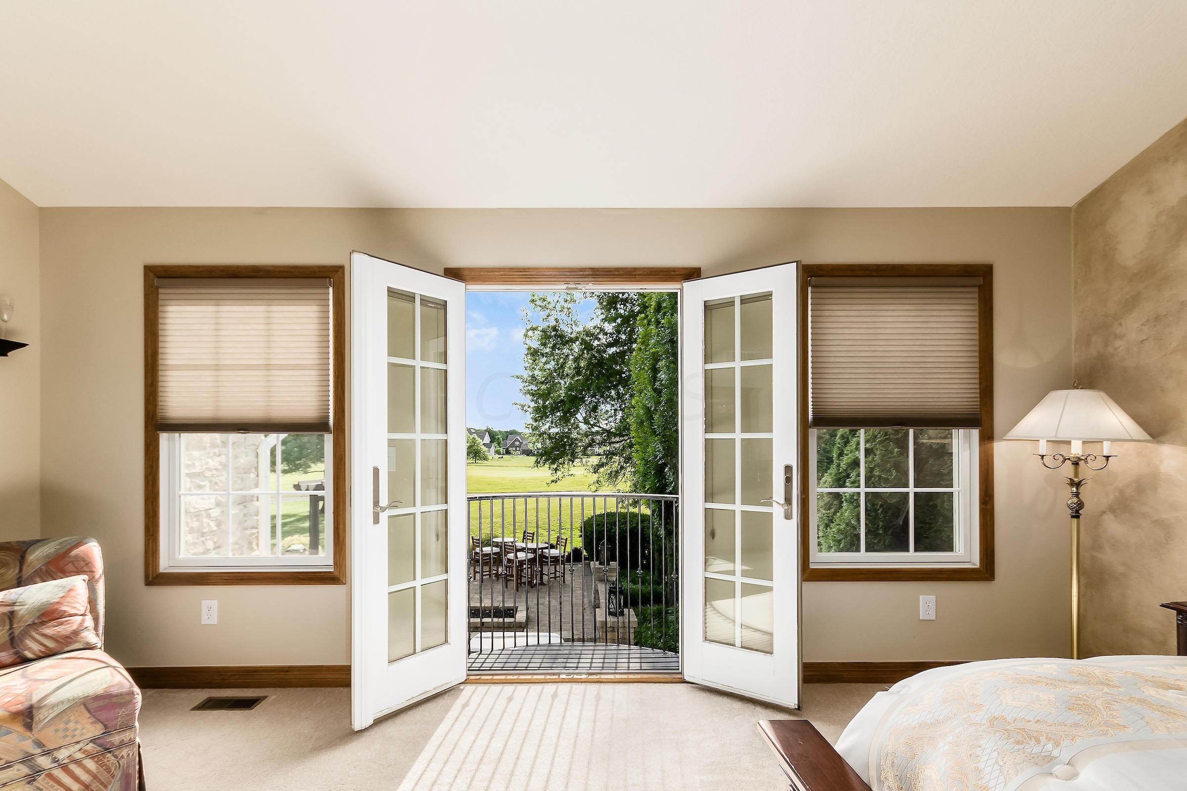 236 Tara Glen Drive, Delaware, Ohio 43015, 4 Bedrooms Bedrooms, ,4 BathroomsBathrooms,Residential,For Sale,Tara Glen,220019401