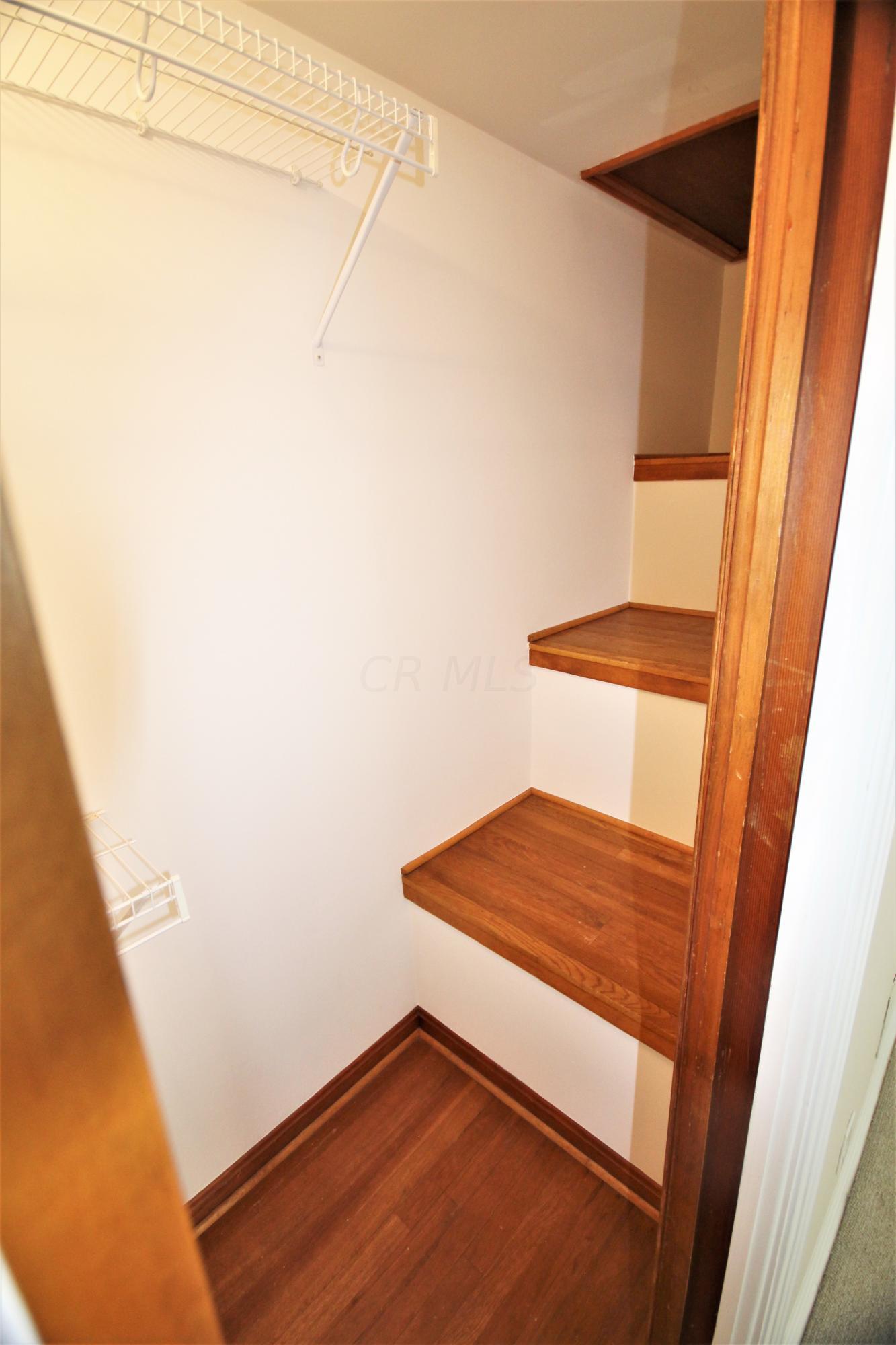2590 Andover Road, Columbus, Ohio 43221, 3 Bedrooms Bedrooms, ,3 BathroomsBathrooms,Residential,For Sale,Andover,220019791