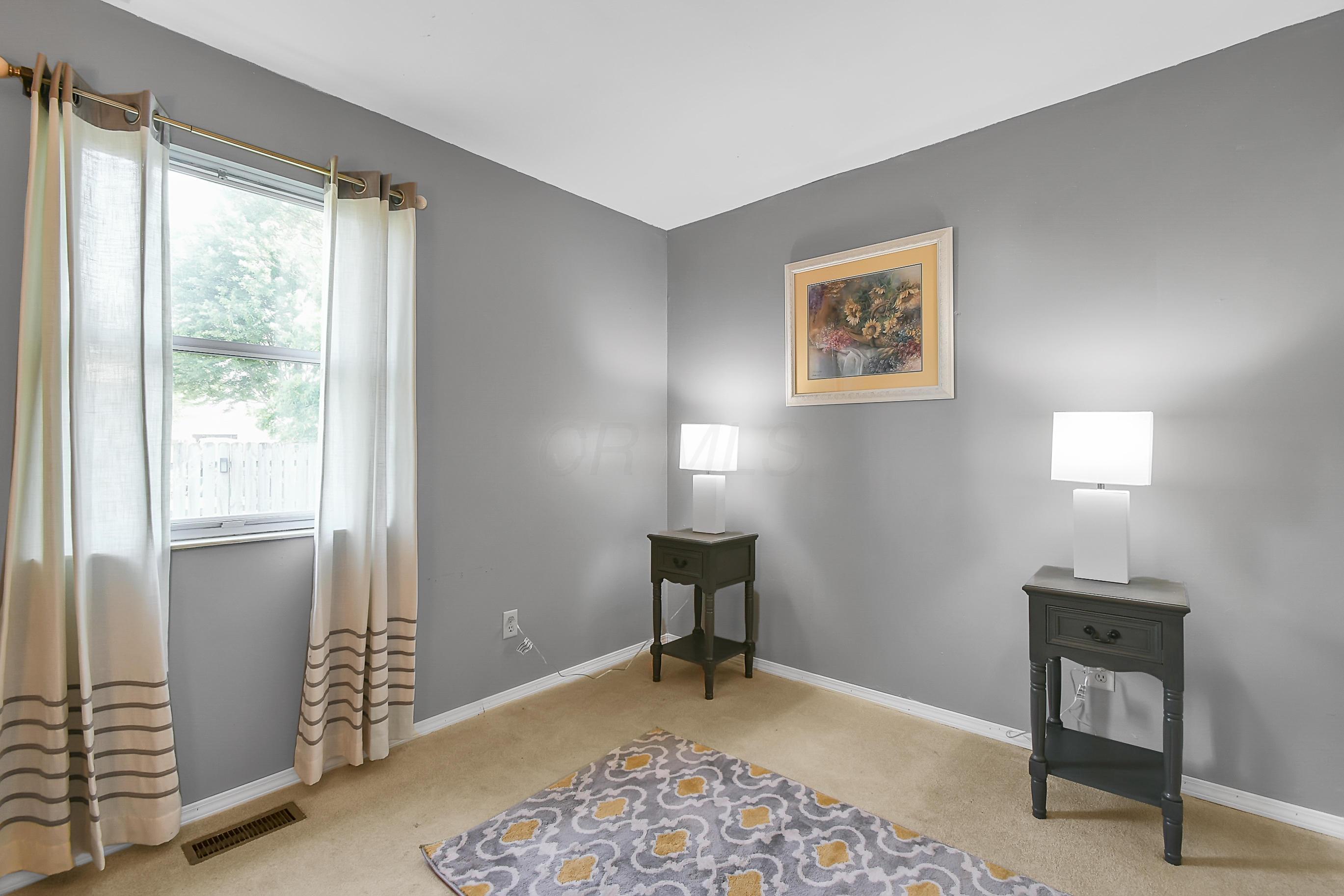 844 Norahrow Drive, Worthington, Ohio 43085, 2 Bedrooms Bedrooms, ,1 BathroomBathrooms,Residential,For Sale,Norahrow,220019796