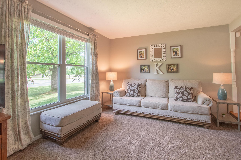 6697 Mcvey Boulevard, Columbus, Ohio 43235, 4 Bedrooms Bedrooms, ,3 BathroomsBathrooms,Residential,For Sale,Mcvey,220020033