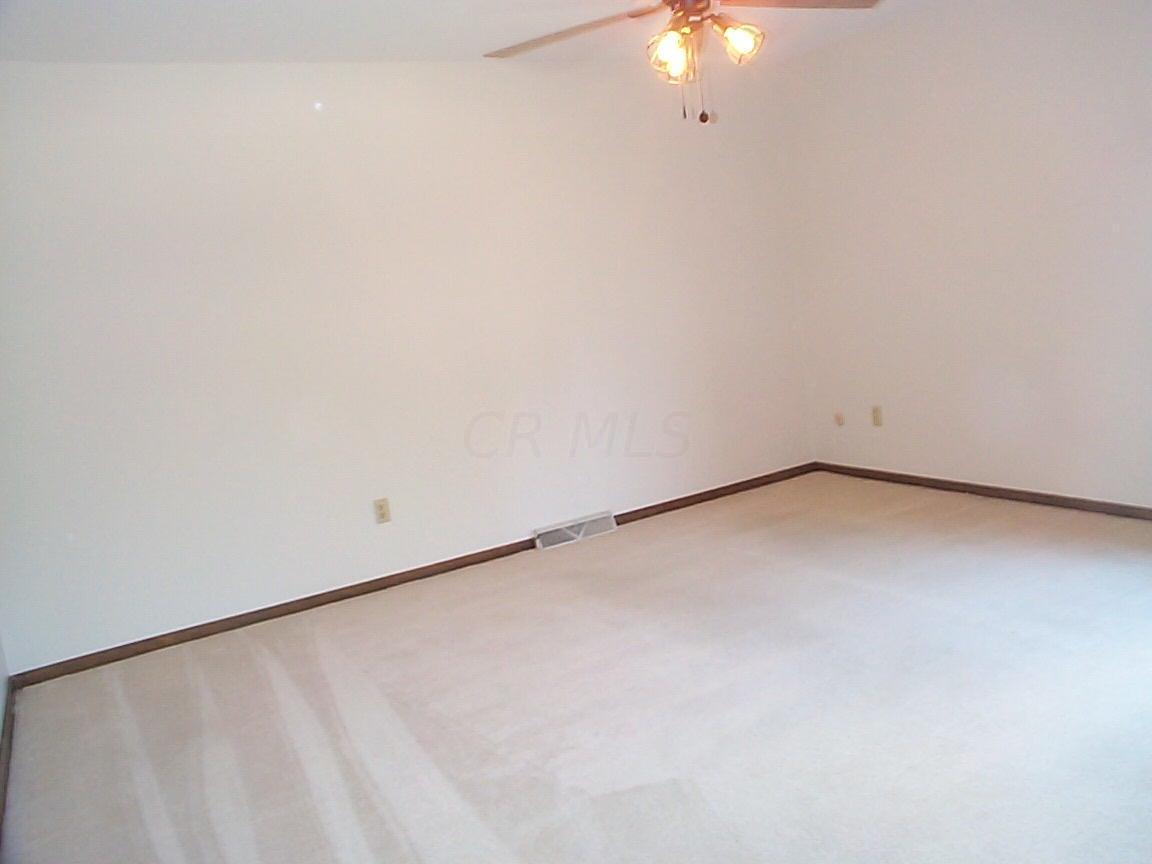 423 Olenwood Avenue, Worthington, Ohio 43085, 3 Bedrooms Bedrooms, ,3 BathroomsBathrooms,Residential,For Sale,Olenwood,220020240