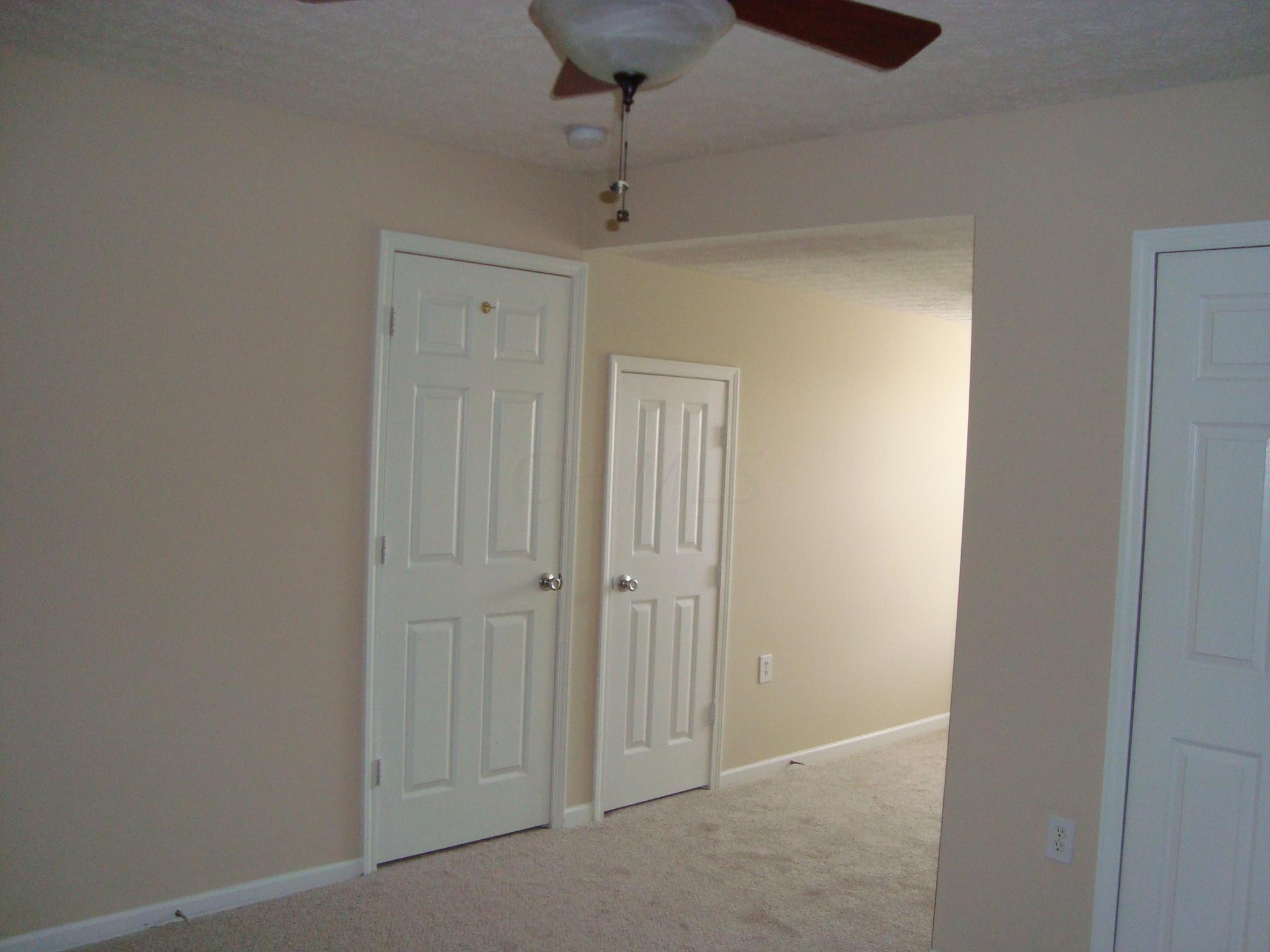 2978 Glenloch Circle, Dublin, Ohio 43017, 2 Bedrooms Bedrooms, ,2 BathroomsBathrooms,Residential,For Sale,Glenloch,220016398