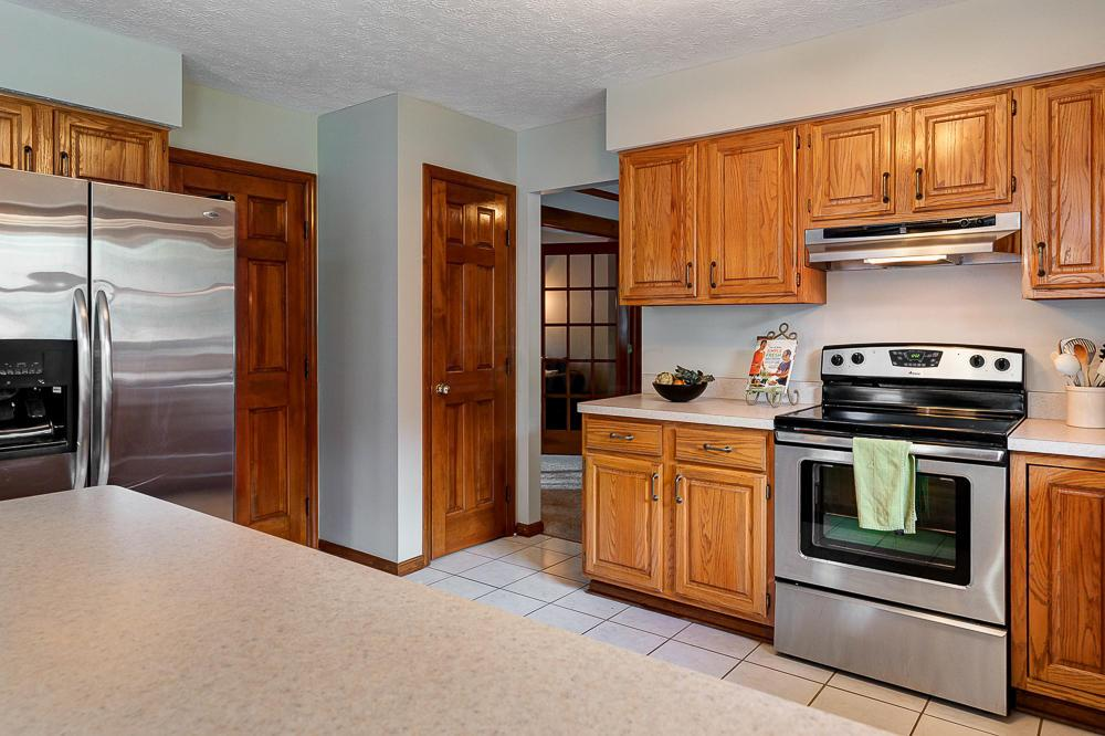 5564 Parker Hill Lane, Dublin, Ohio 43017, 4 Bedrooms Bedrooms, ,4 BathroomsBathrooms,Residential,For Sale,Parker Hill,220020323