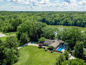 6533 Lake Of The Woods Point, Galena, OH 43021